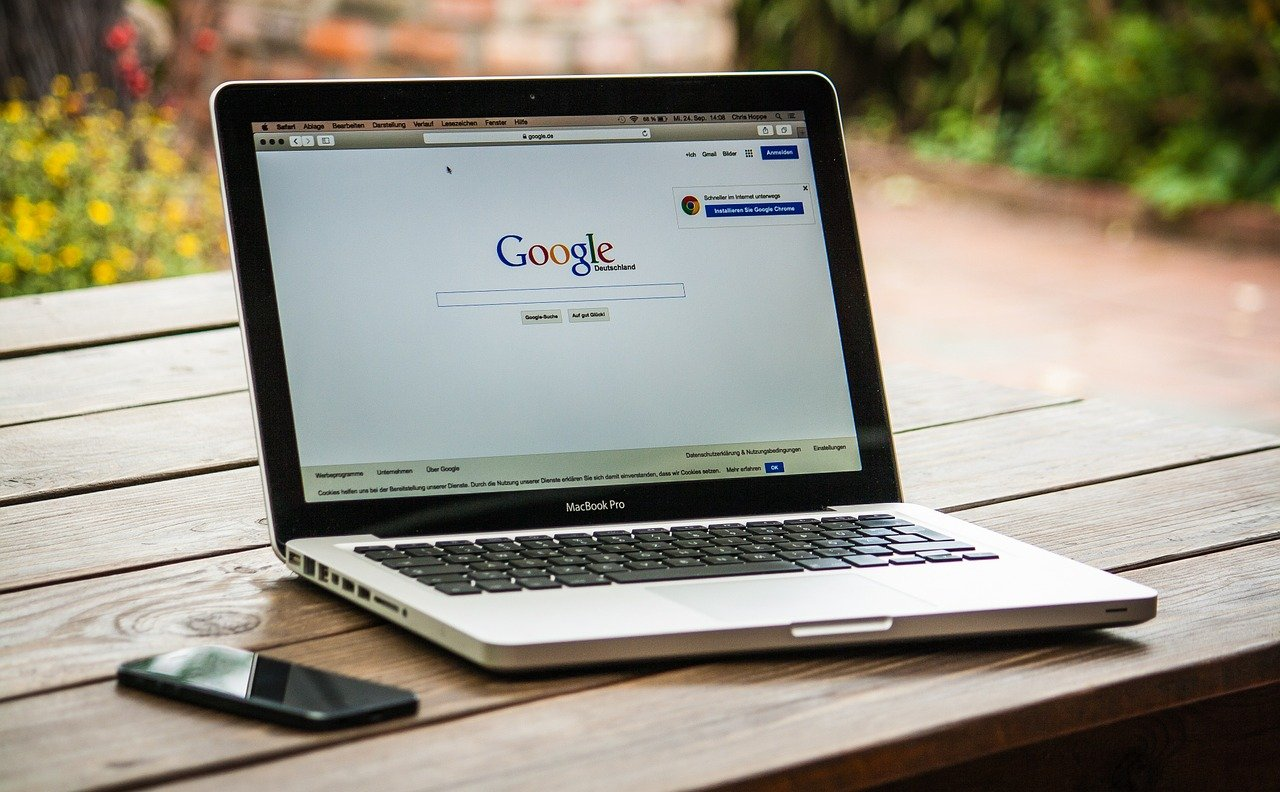 How Google treat press releases differently than other content